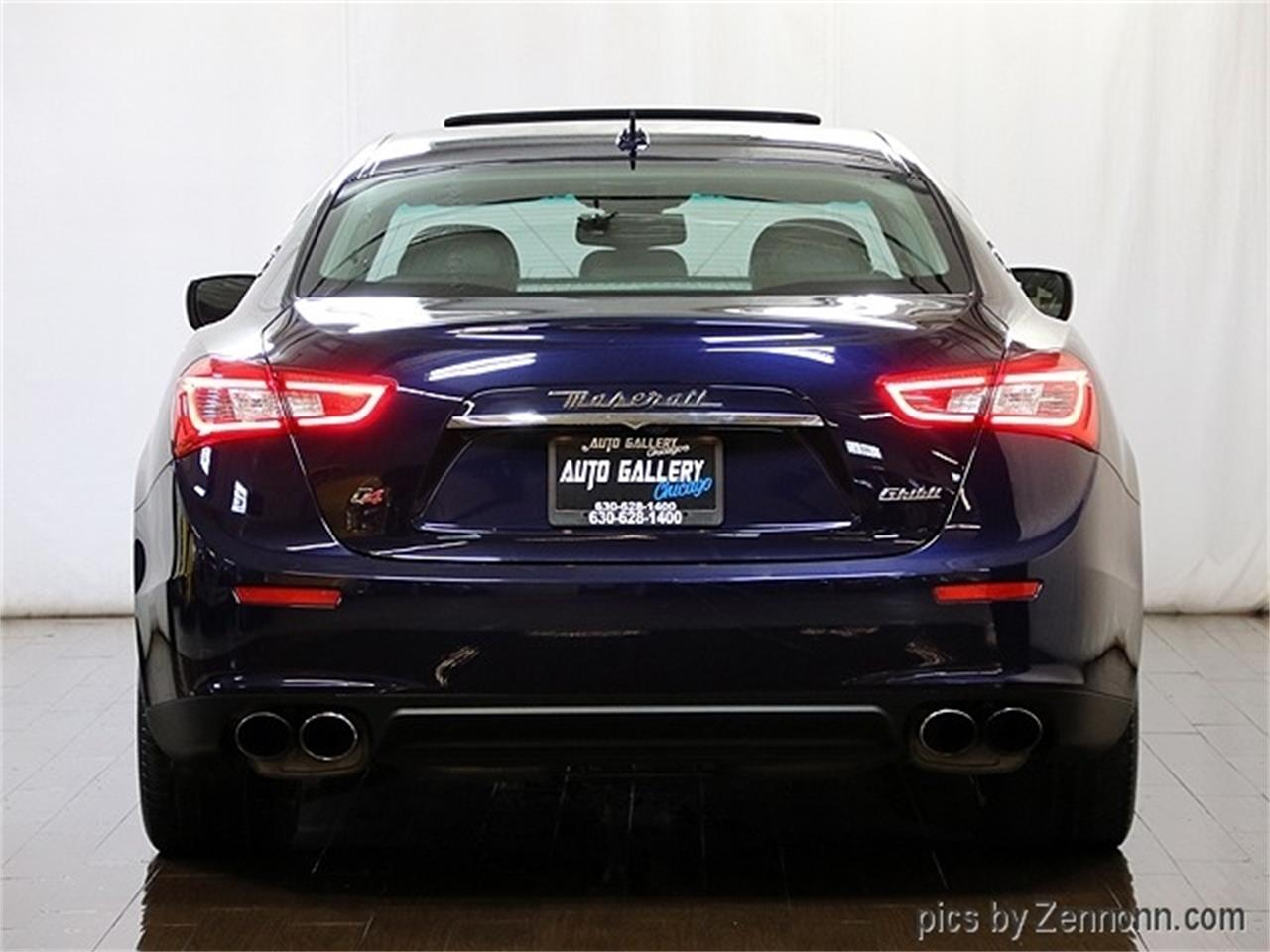 Large Picture of '16 Ghibli Offered by Auto Gallery Chicago - R2Q3