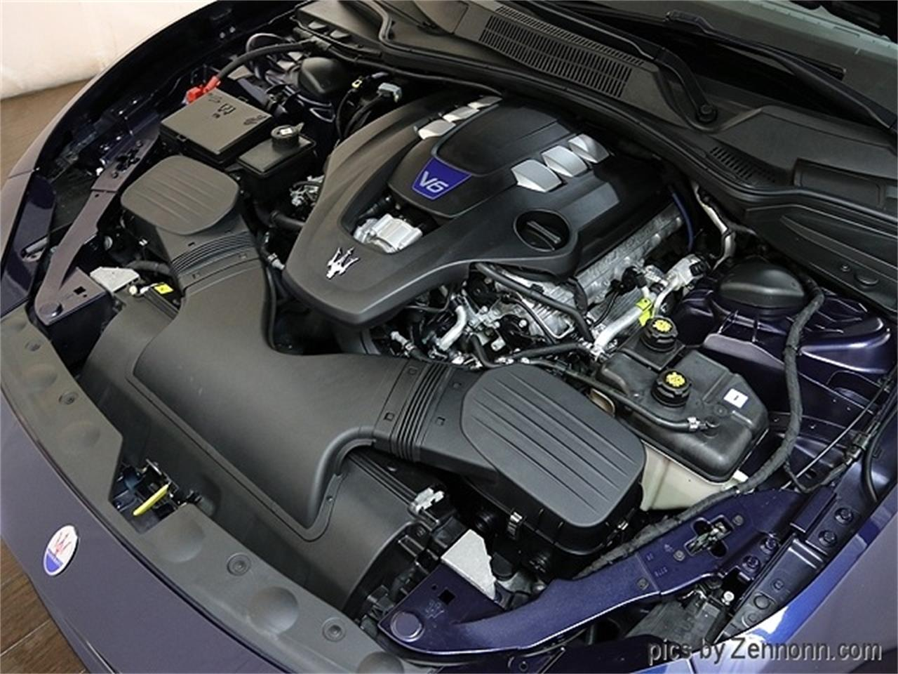 Large Picture of '16 Maserati Ghibli Offered by Auto Gallery Chicago - R2Q3