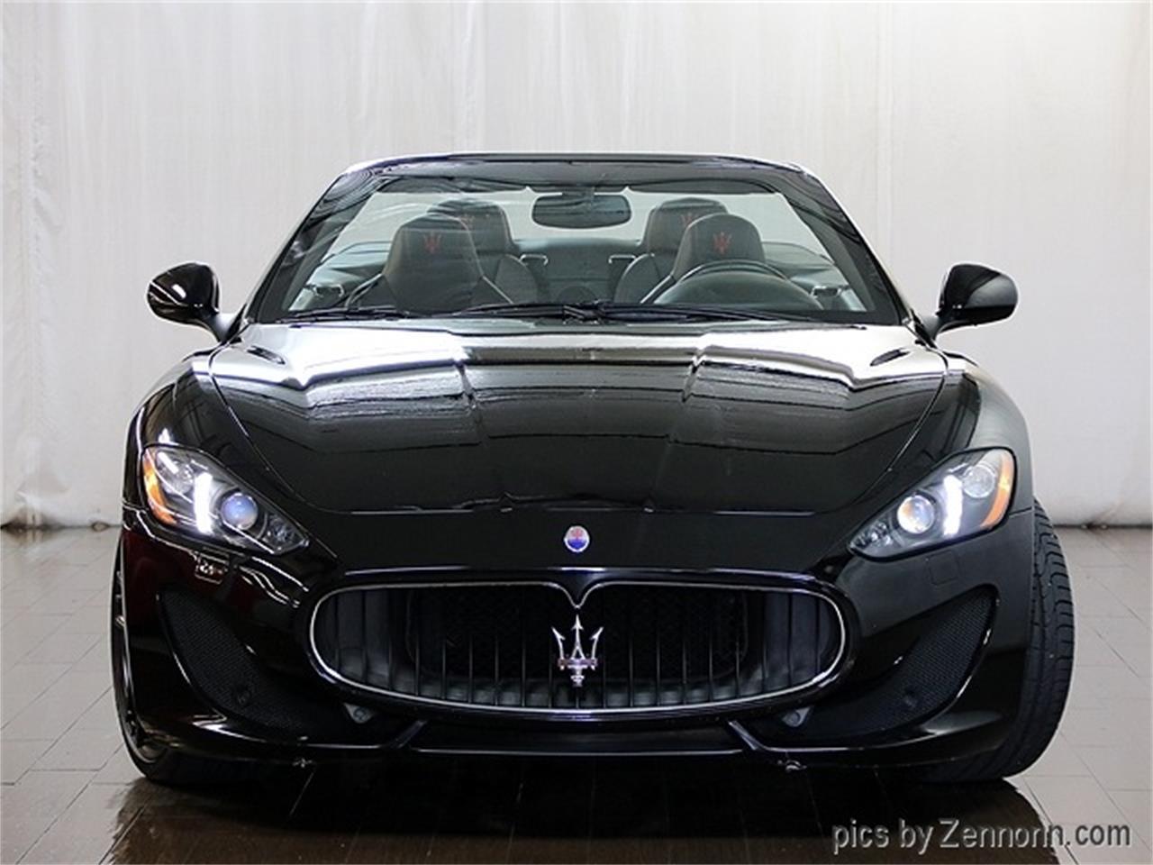 Large Picture of '16 Maserati GranTurismo - R2Q7