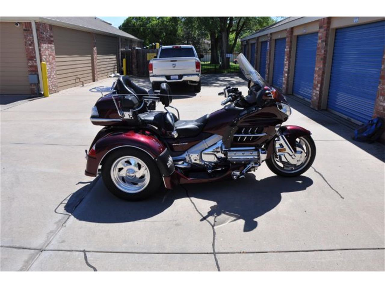 Large Picture of '06 Goldwing - R0HB