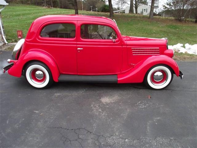 Picture of Classic '35 Deluxe located in Carlisle Pennsylvania Offered by  - R2TG