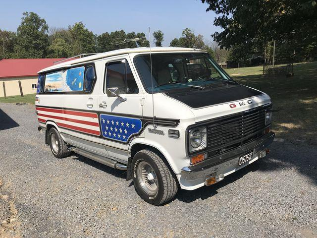 Picture of '76 GMC Cargo Van located in Pennsylvania Offered by  - R2TQ