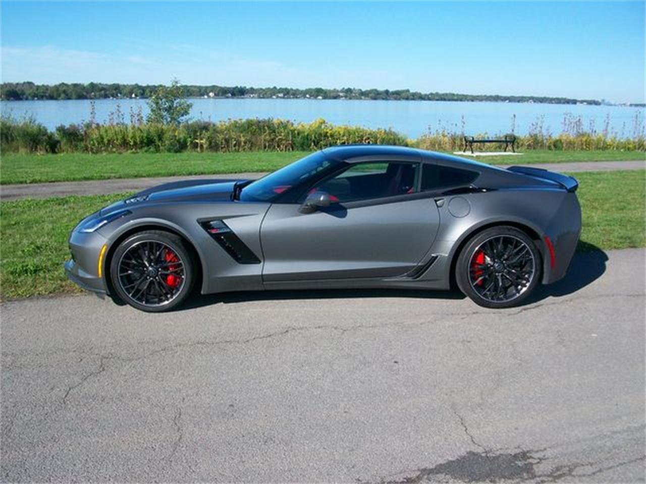 Large Picture of '16 Corvette Z06 - R2UH