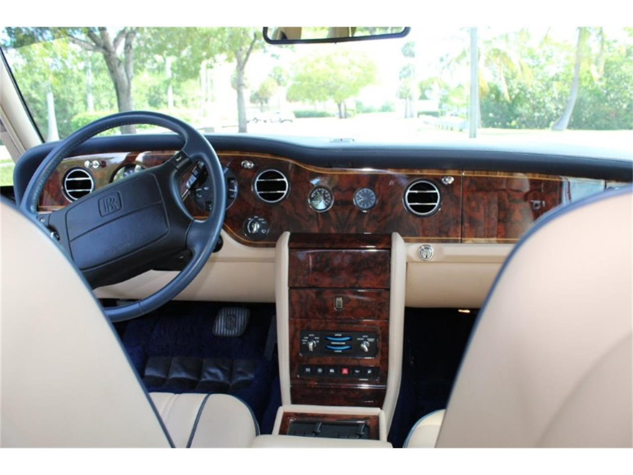 Large Picture of '99 Silver Spur located in North Miami  Florida Auction Vehicle - R2UN