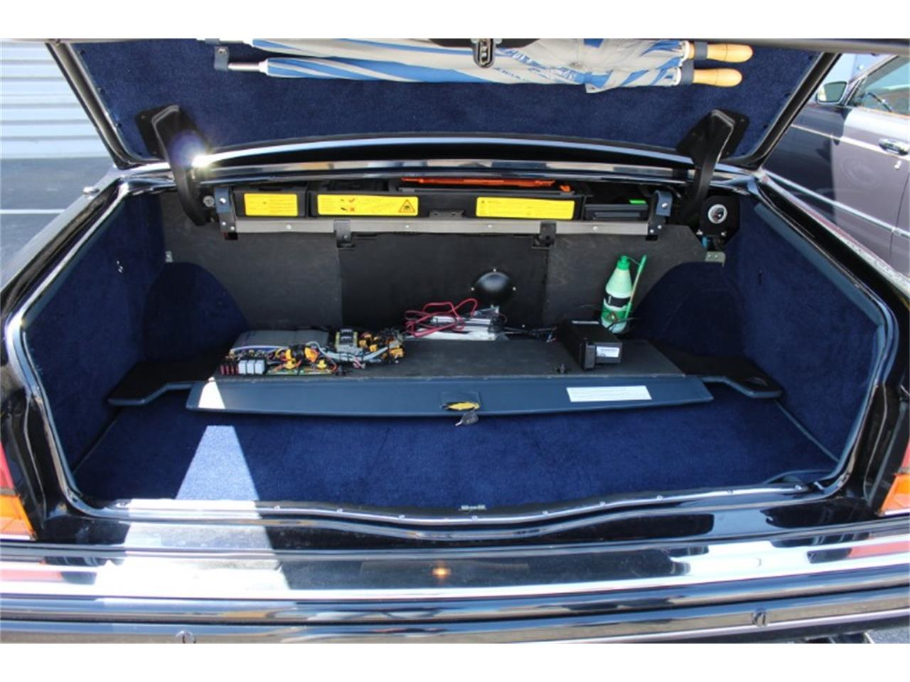 Large Picture of '99 Silver Spur located in North Miami  Florida Auction Vehicle Offered by Vantage Motorworks - R2UN