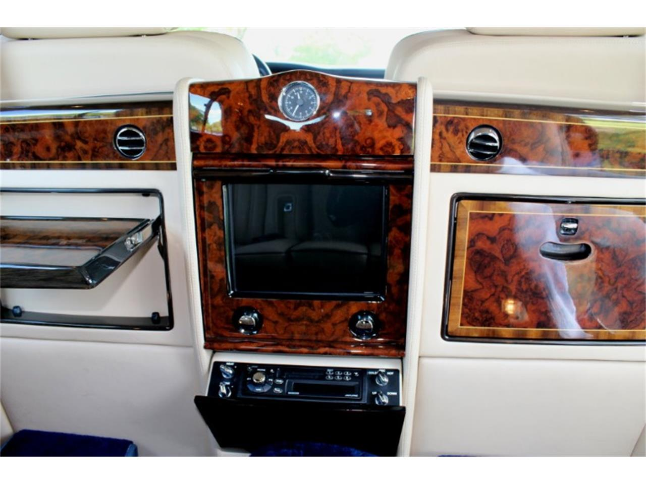 Large Picture of 1999 Silver Spur located in North Miami  Florida Auction Vehicle - R2UN