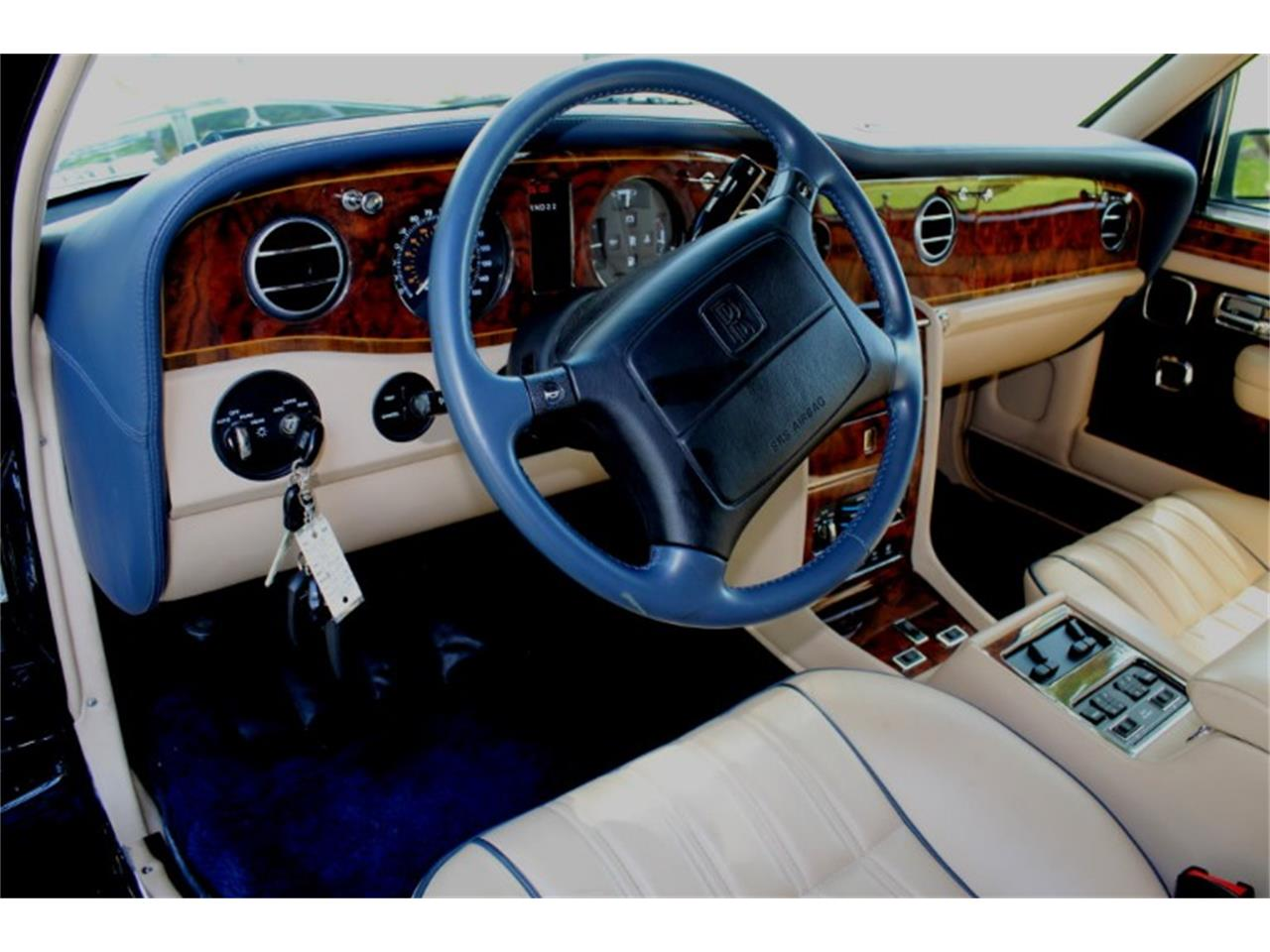 Large Picture of '99 Silver Spur Auction Vehicle Offered by Vantage Motorworks - R2UN