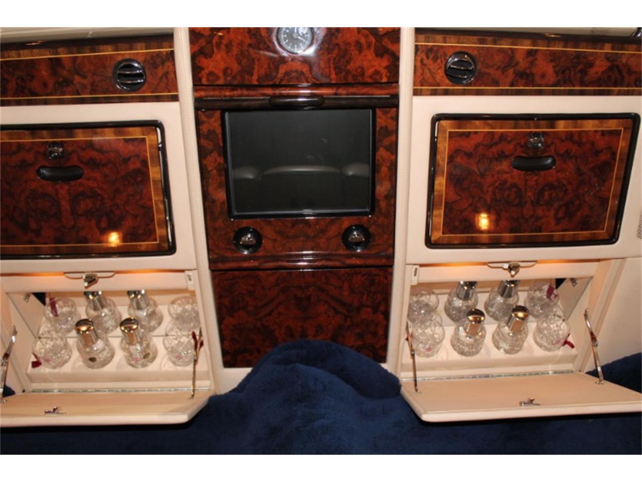 Large Picture of 1999 Rolls-Royce Silver Spur Auction Vehicle - R2UN