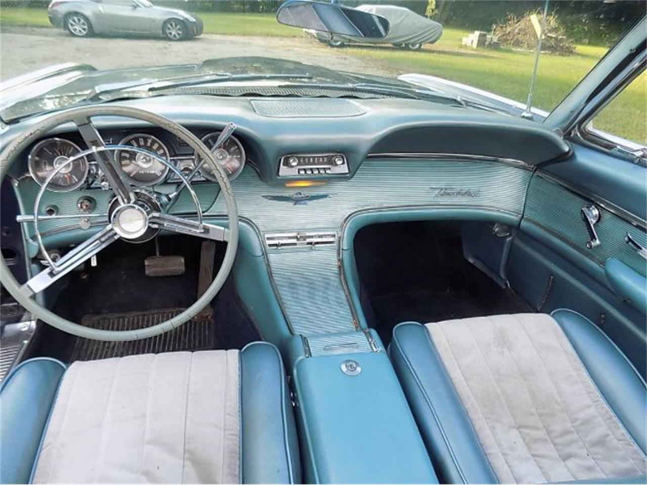 Large Picture of '62 Thunderbird - R0I6