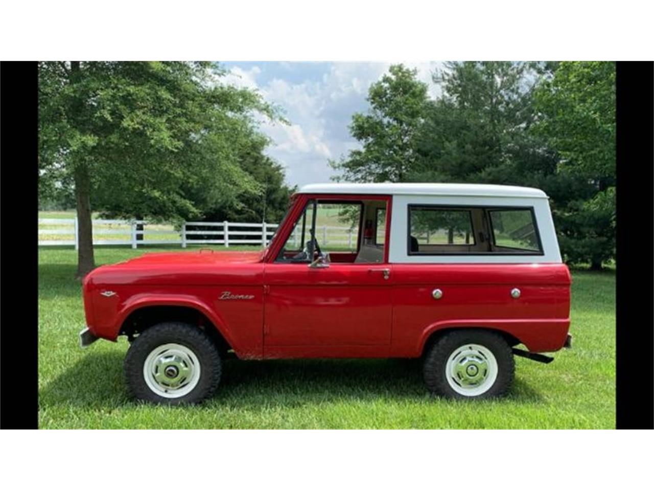 Large Picture of '67 Bronco - R32E