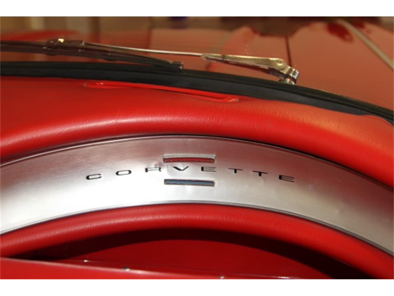 Large Picture of '60 Corvette - R348