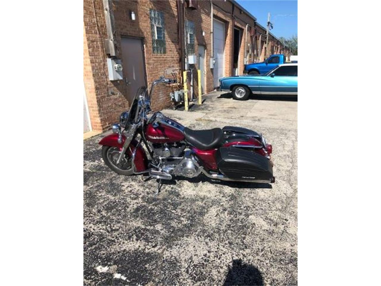 Large Picture of '04 Harley-Davidson Road King Offered by Classic Car Deals - R0IG