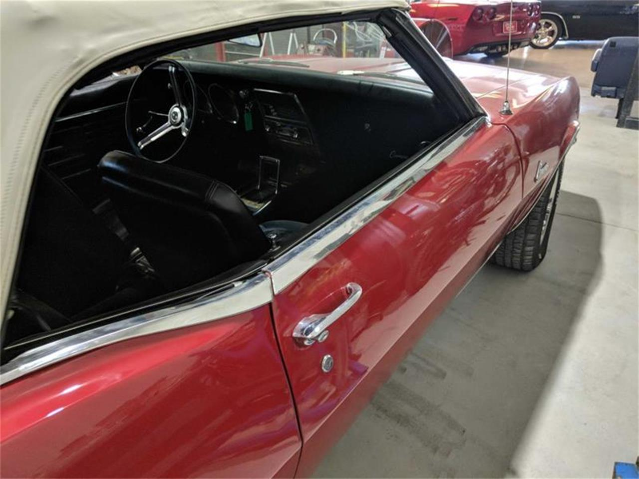 Large Picture of '68 Camaro - R37F