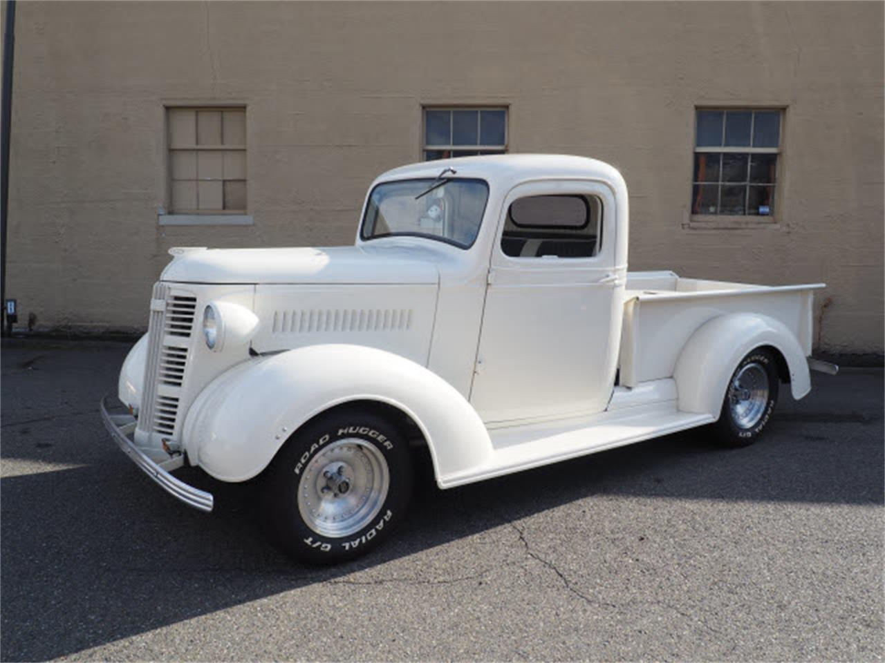 Large Picture of Classic '37 Truck located in Washington Auction Vehicle Offered by Sabeti Motors - R37K