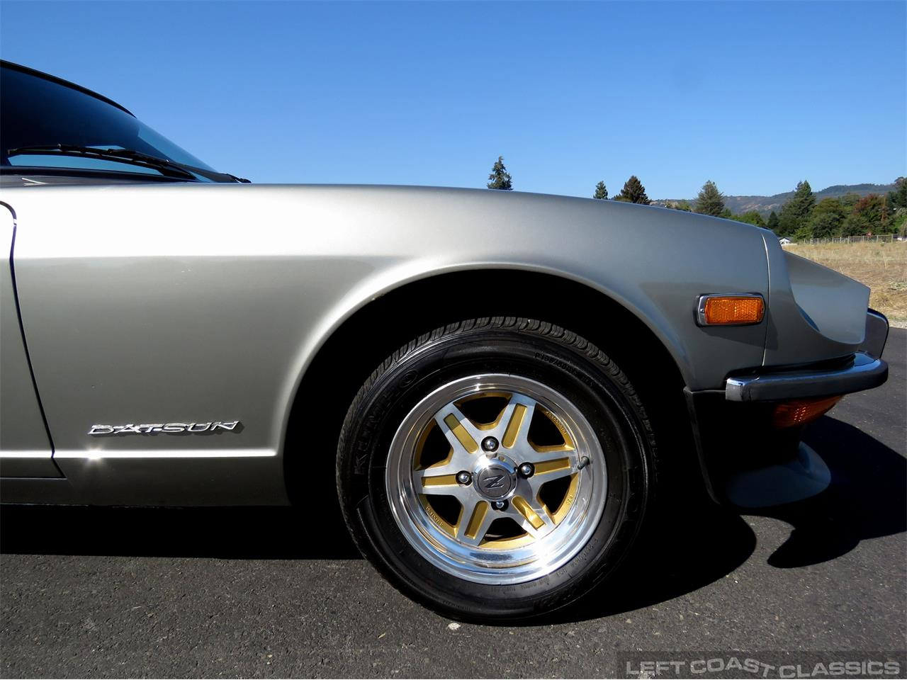 Large Picture of '71 240Z - R38G