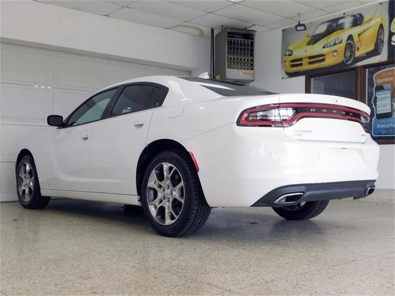 Large Picture of '15 Charger - R39I