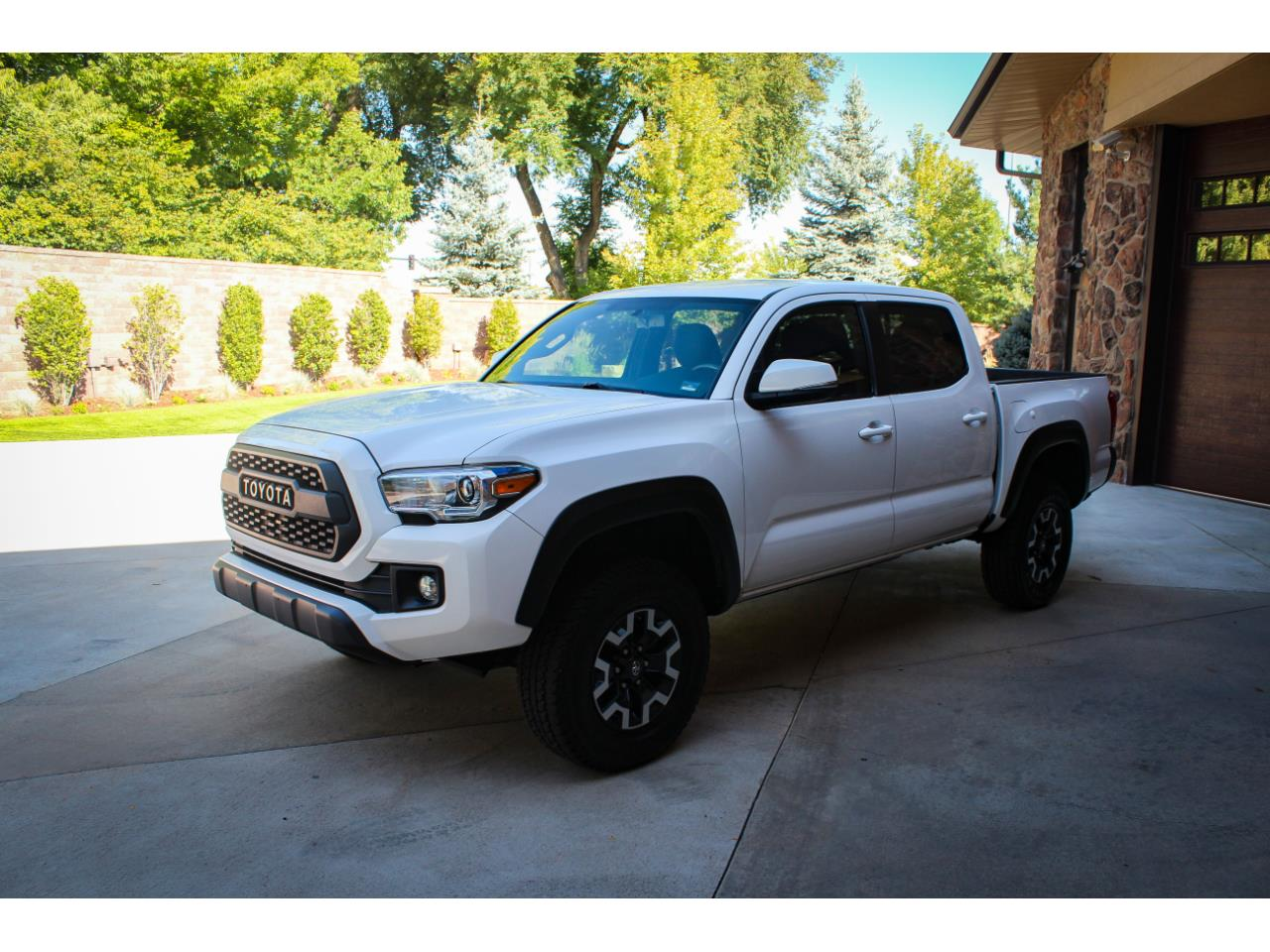 Large Picture of '16 Tacoma - R3DX