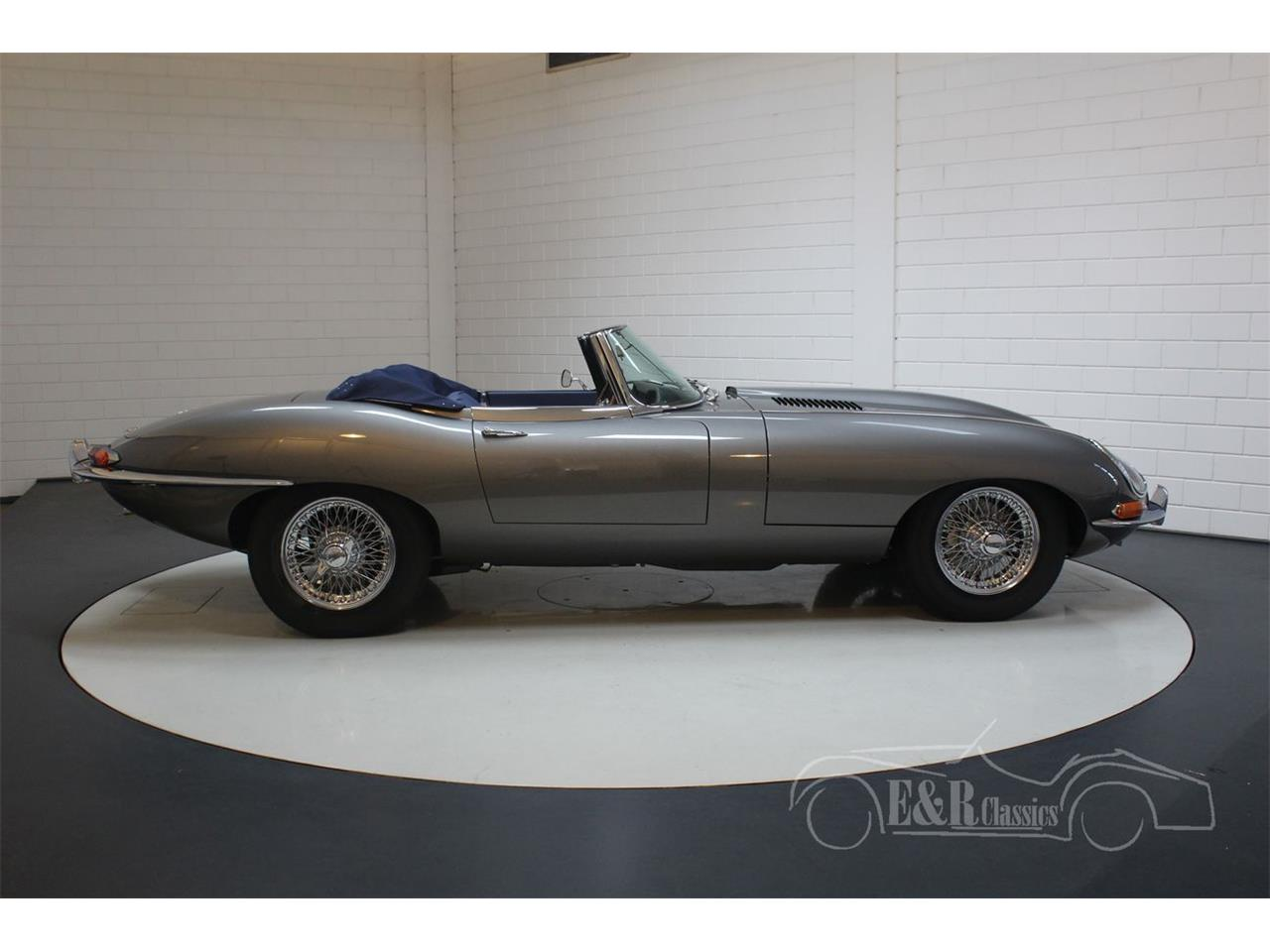 Large Picture of '65 E-Type - R3H9