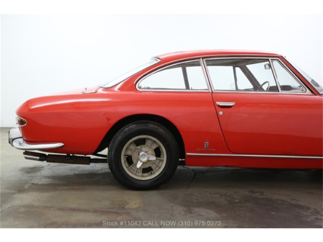 Large Picture of '66 330 GT Offered by Beverly Hills Car Club - R3V2