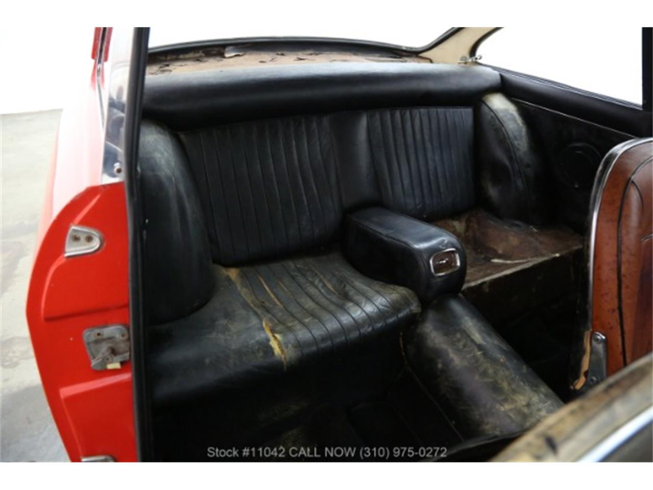 Large Picture of Classic 1966 Ferrari 330 GT located in Beverly Hills California - $154,500.00 - R3V2