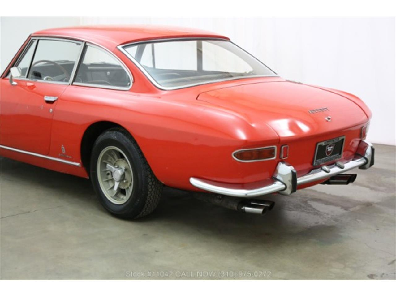 Large Picture of '66 330 GT located in Beverly Hills California - R3V2