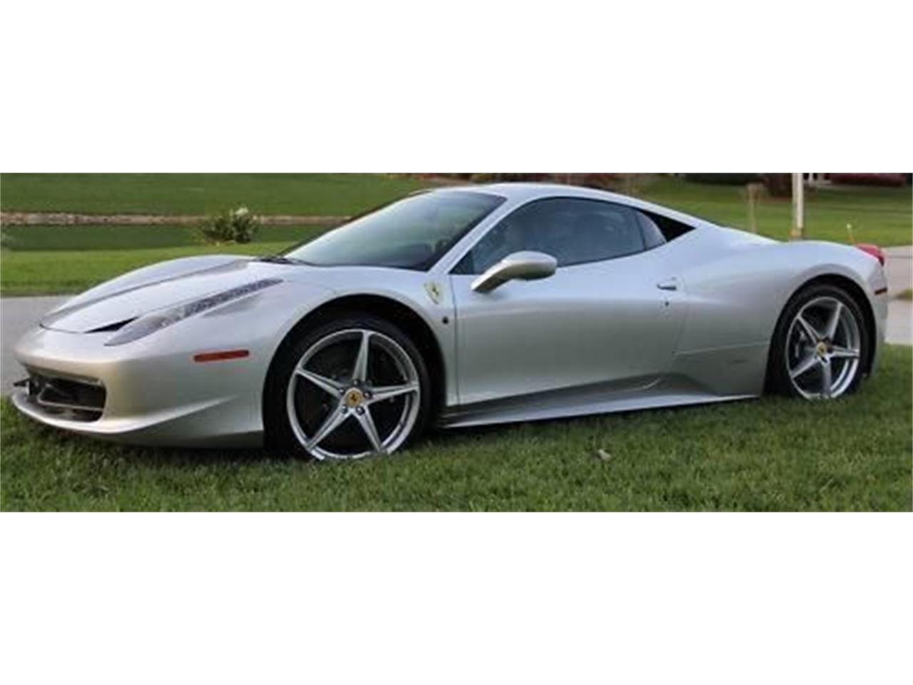 Large Picture of '11 Ferrari 458 Italia located in Michigan Offered by Classic Car Deals - R3V3
