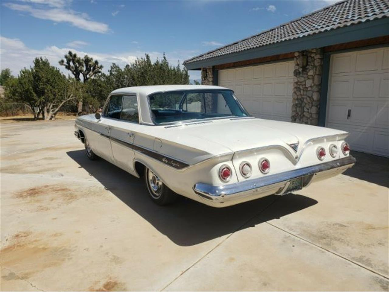 Large Picture of '61 Impala Offered by Classic Car Deals - R0MQ