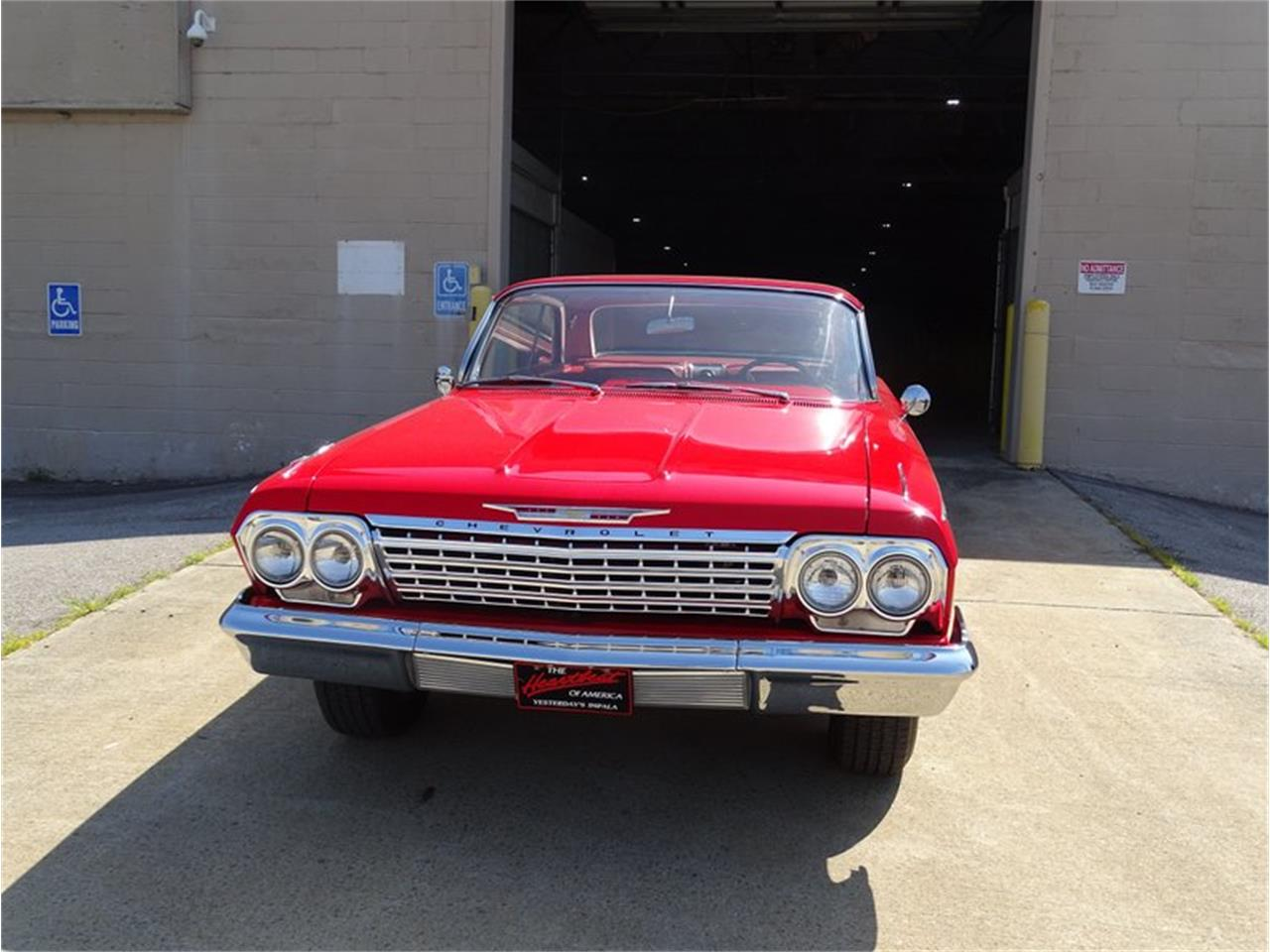 Large Picture of '62 Impala - R4M1