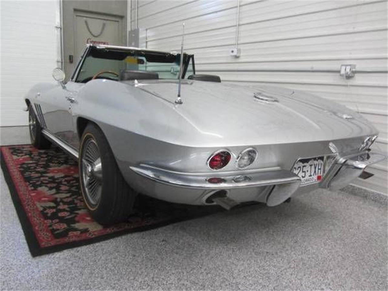 Large Picture of '66 Corvette - R0O0