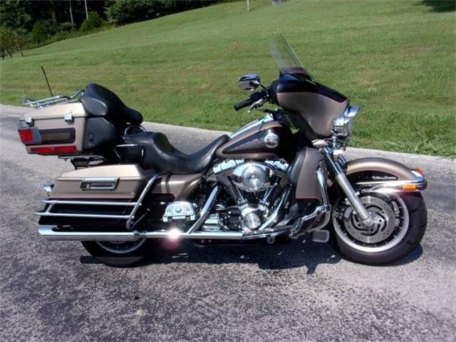 Picture of '04 Electra Glide - R0O8