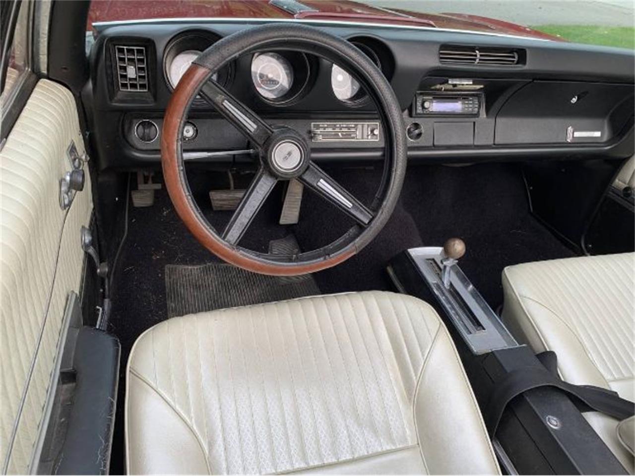 Large Picture of Classic '68 Cutlass located in Cadillac Michigan - $23,895.00 - R0TI