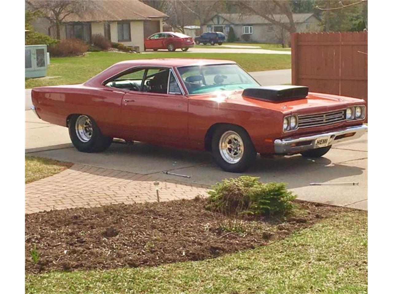 Large Picture of Classic 1969 Road Runner - R0V2