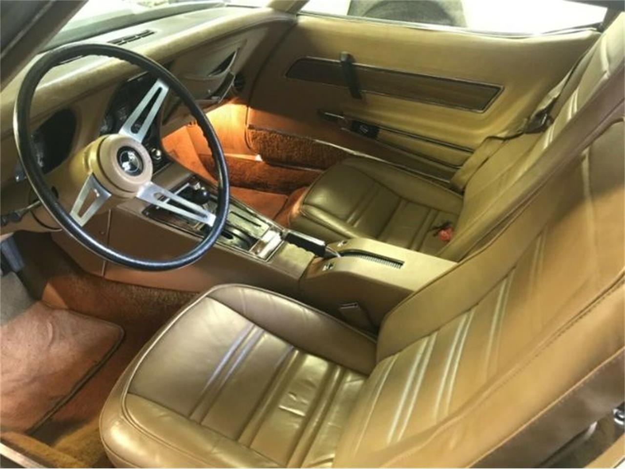 Large Picture of '75 Corvette - R0W5