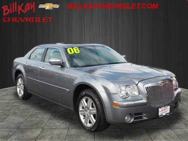 Picture of 2006 Chrysler 300 located in Downers Grove Illinois - $7,300.00 Offered by  - R72G
