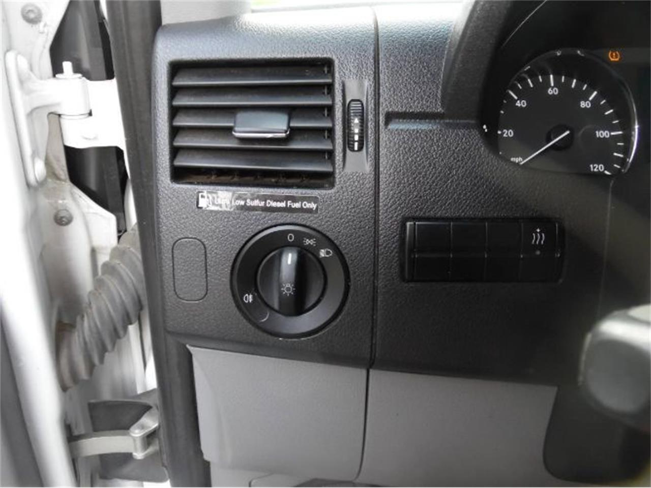 Large Picture of 2014 Mercedes-Benz Sprinter located in Cadillac Michigan - R0XT