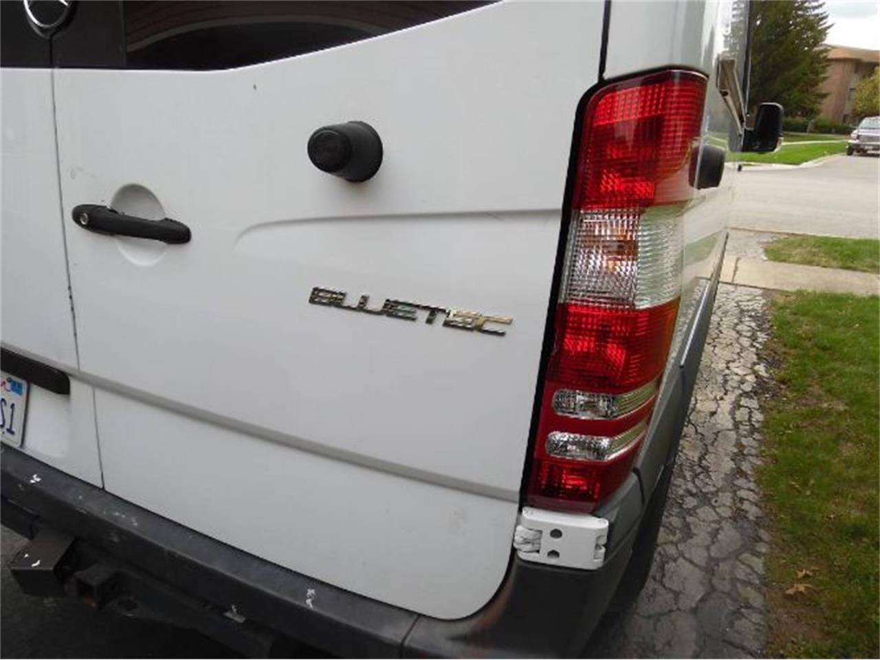 Large Picture of 2014 Mercedes-Benz Sprinter located in Michigan Offered by Classic Car Deals - R0XT