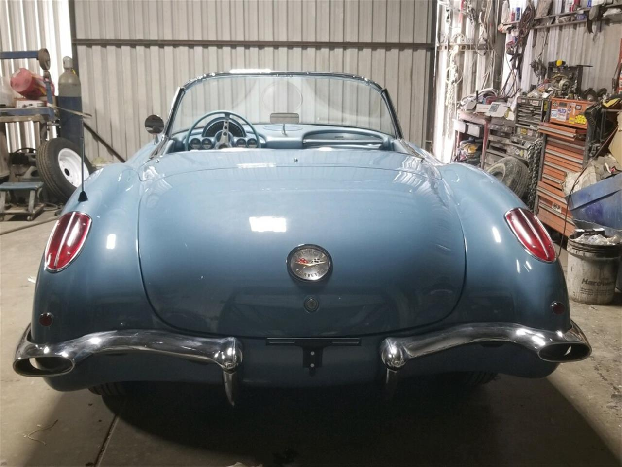 Large Picture of '60 Corvette - R0YB