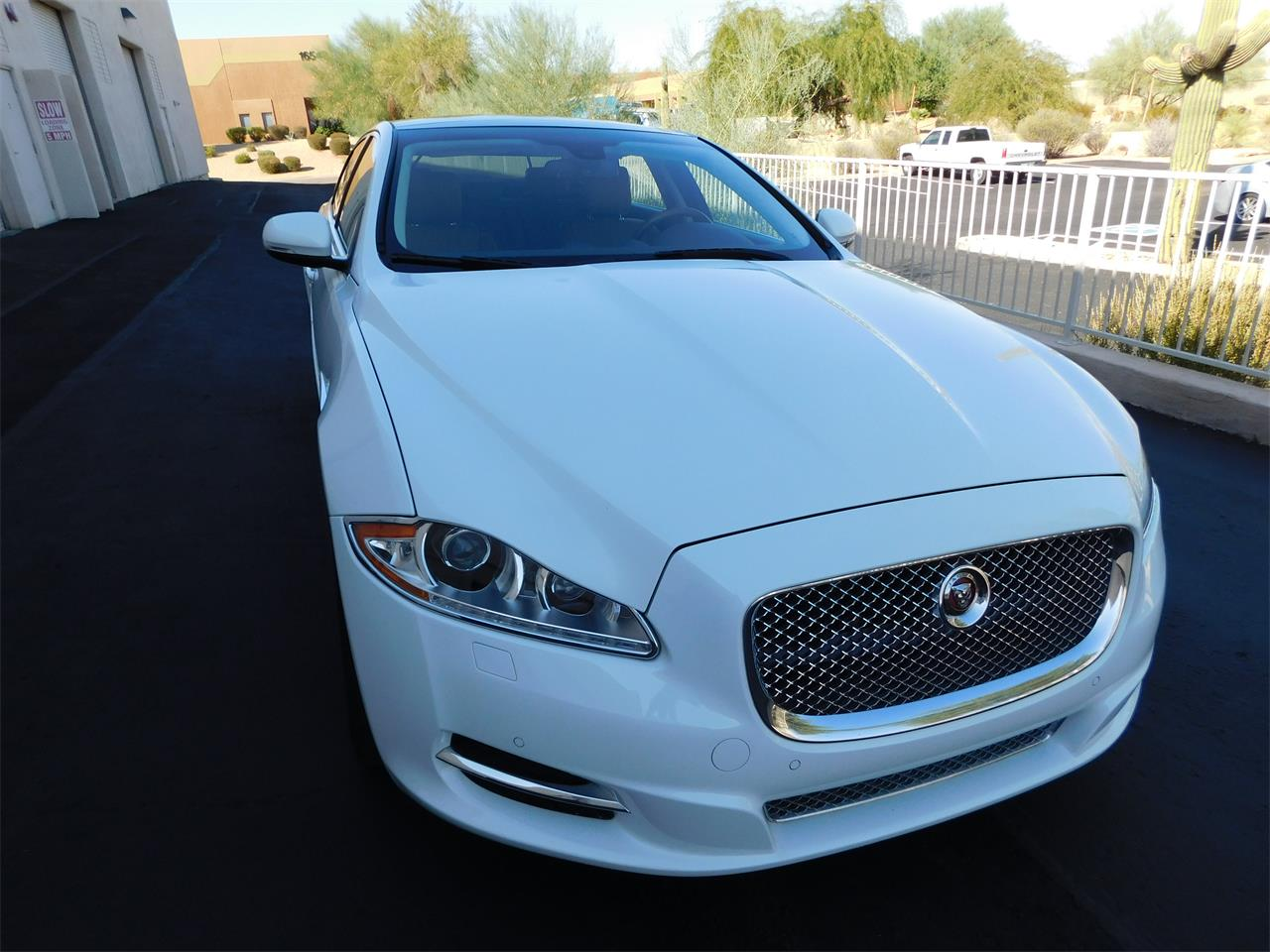 Large Picture of '15 XJ - R0YW