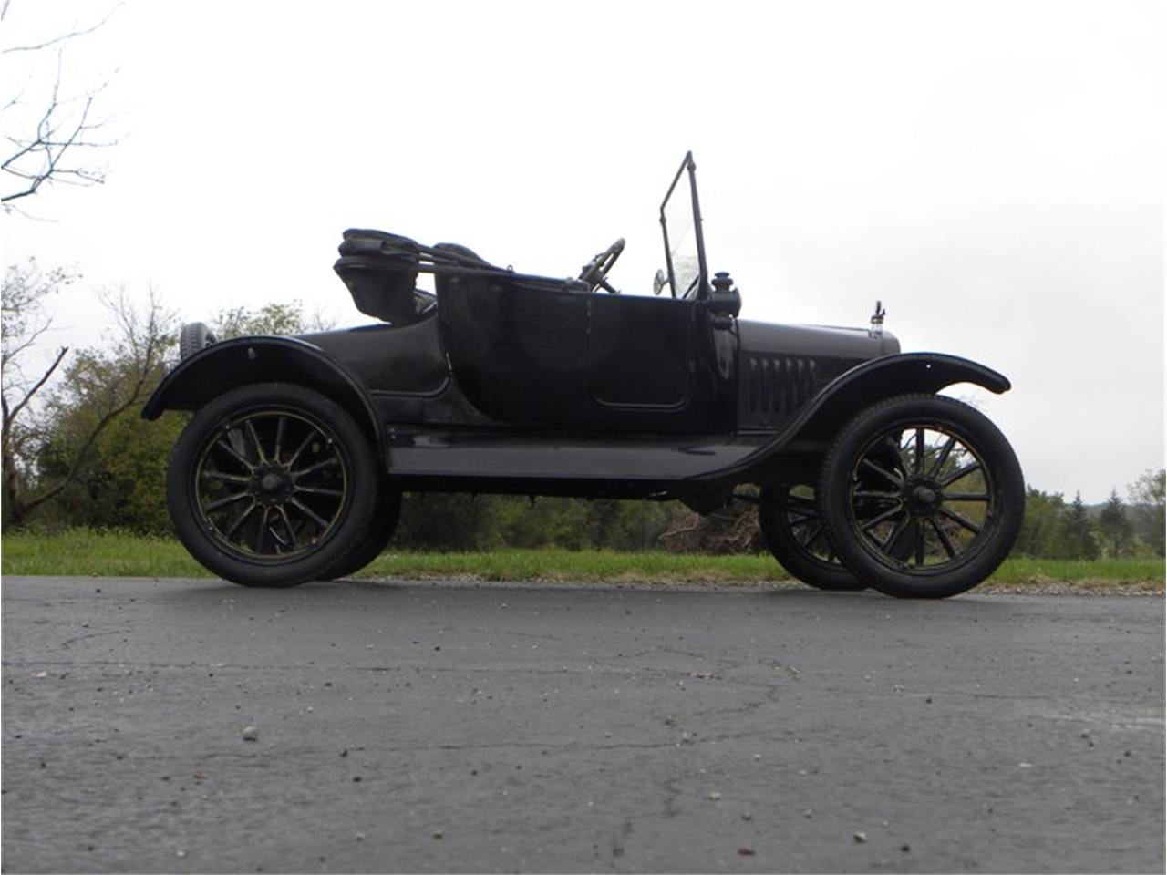 Large Picture of '23 Model T - R0ZK