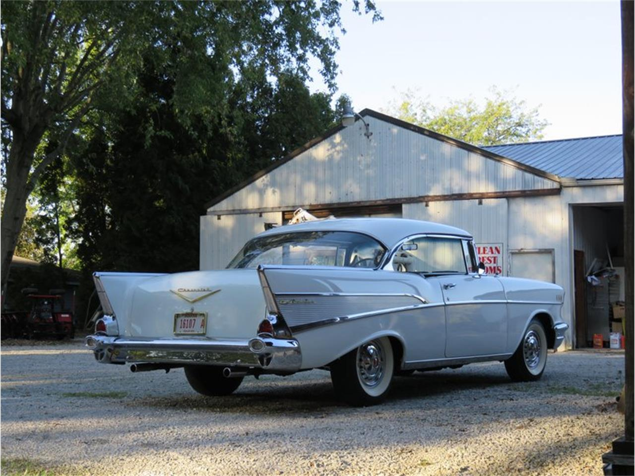 Large Picture of '57 Bel Air - R8XP