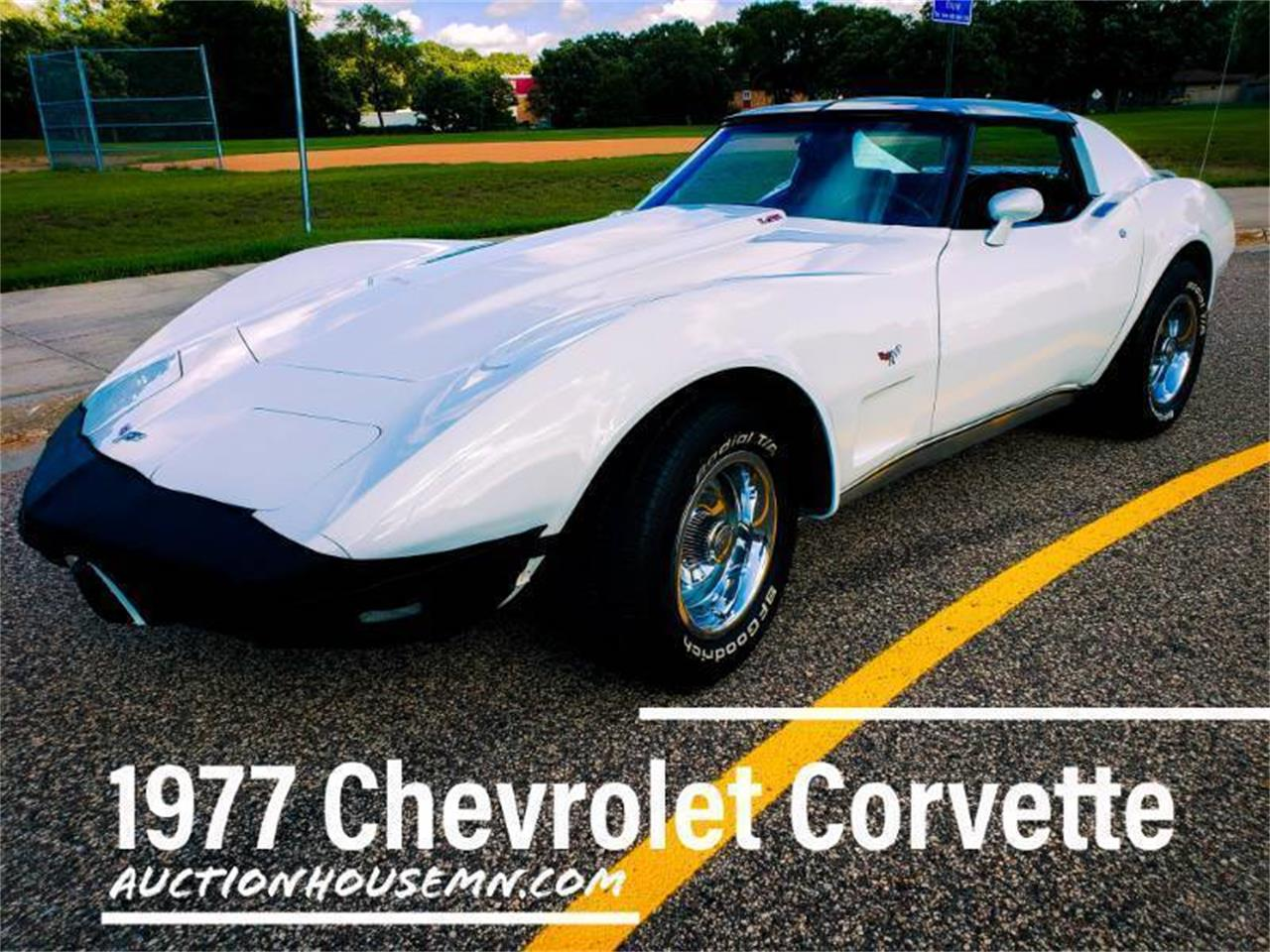 Large Picture of '77 Corvette - R90Q