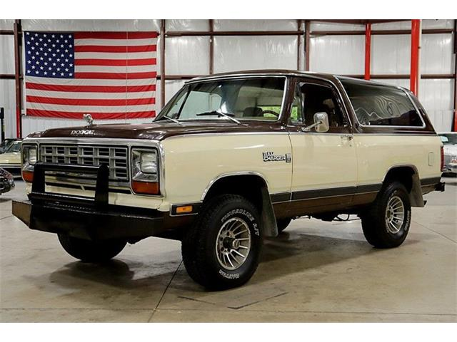 Picture of '81 Dodge Ramcharger located in Michigan - $23,900.00 Offered by  - R9EW