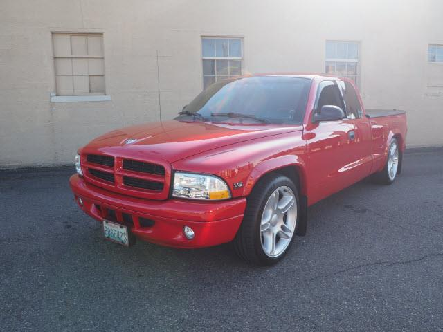 Picture of 2000 Dakota located in Washington Offered by  - R9KJ