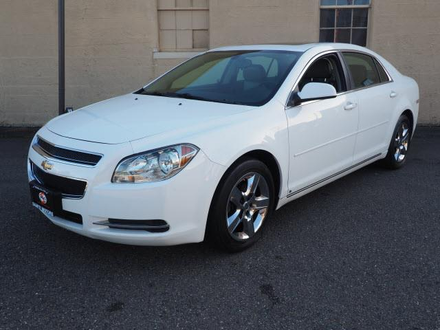 Picture of '09 Chevrolet Malibu Offered by  - R9KW