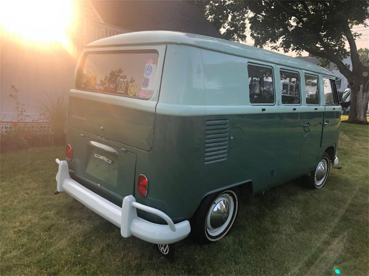 Large Picture of '65 Van - R8E1