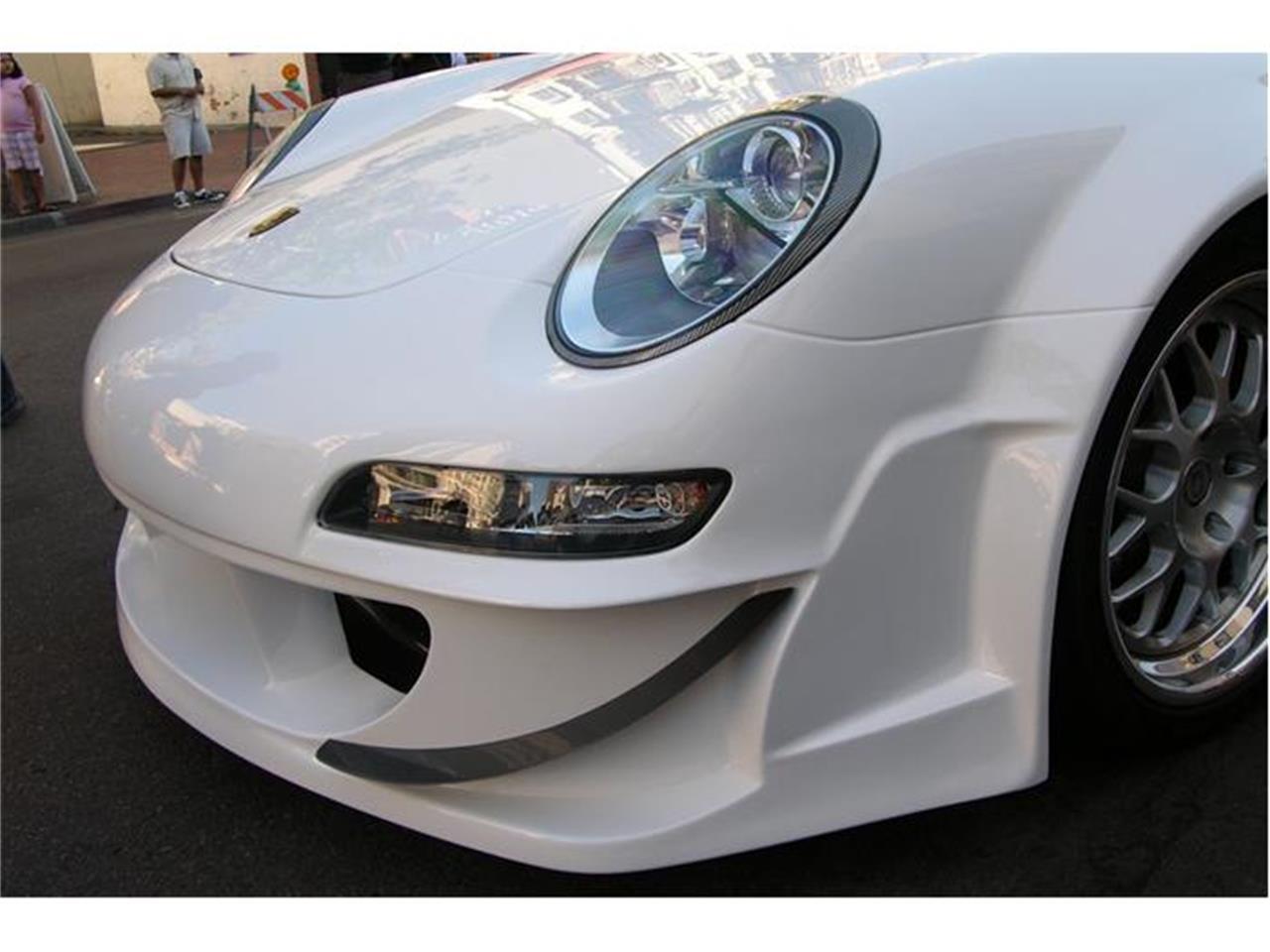 Large Picture of 2001 Porsche 911 - 3M40