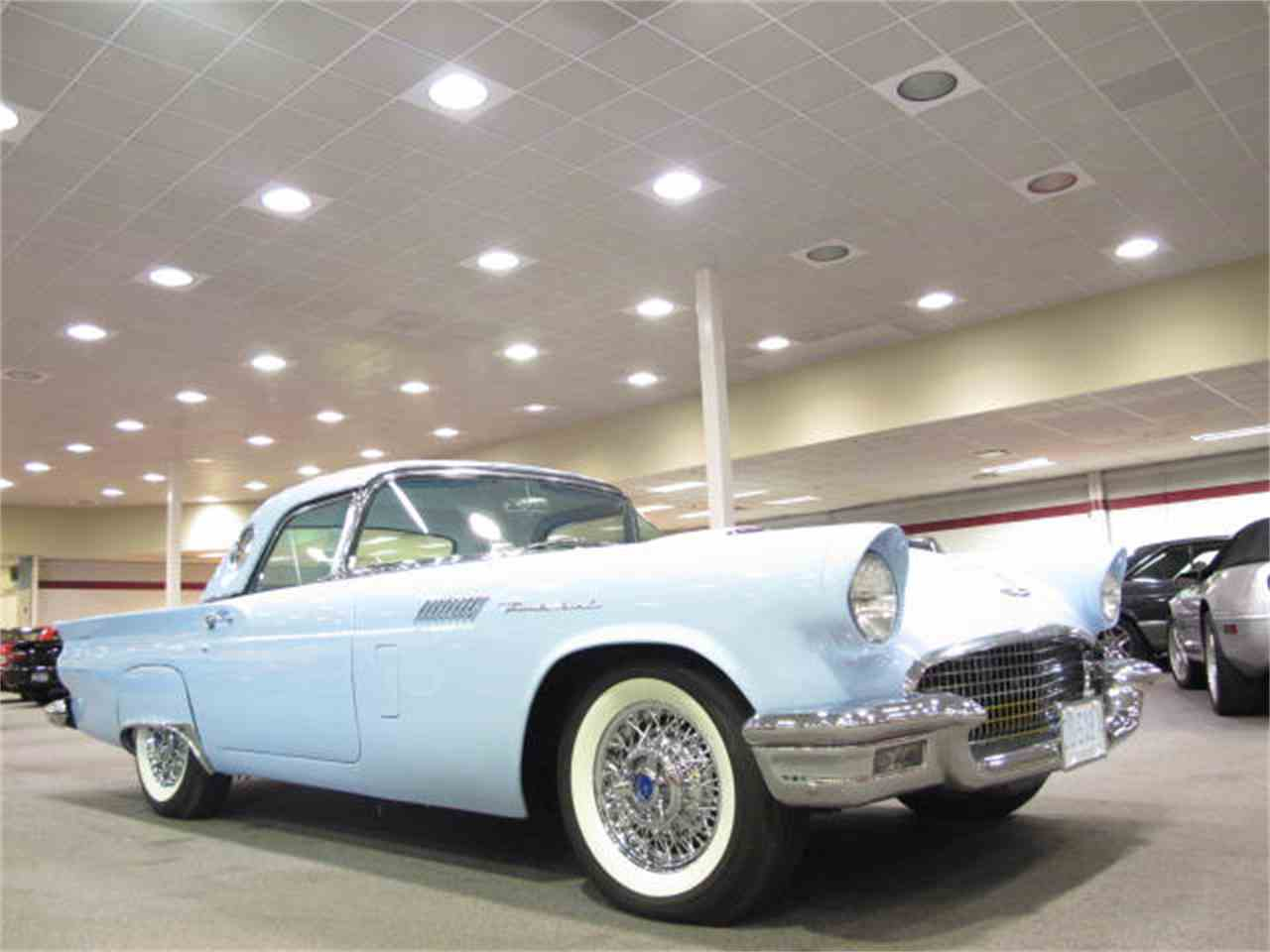 Large Picture of '57 Thunderbird - 6KKX