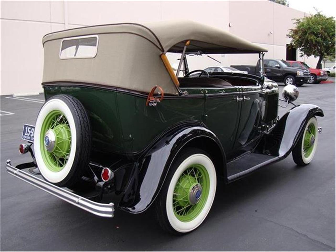 Large Picture of Classic 1932 Ford Model 18 Offered by Crevier Classic Cars - 7DQ8