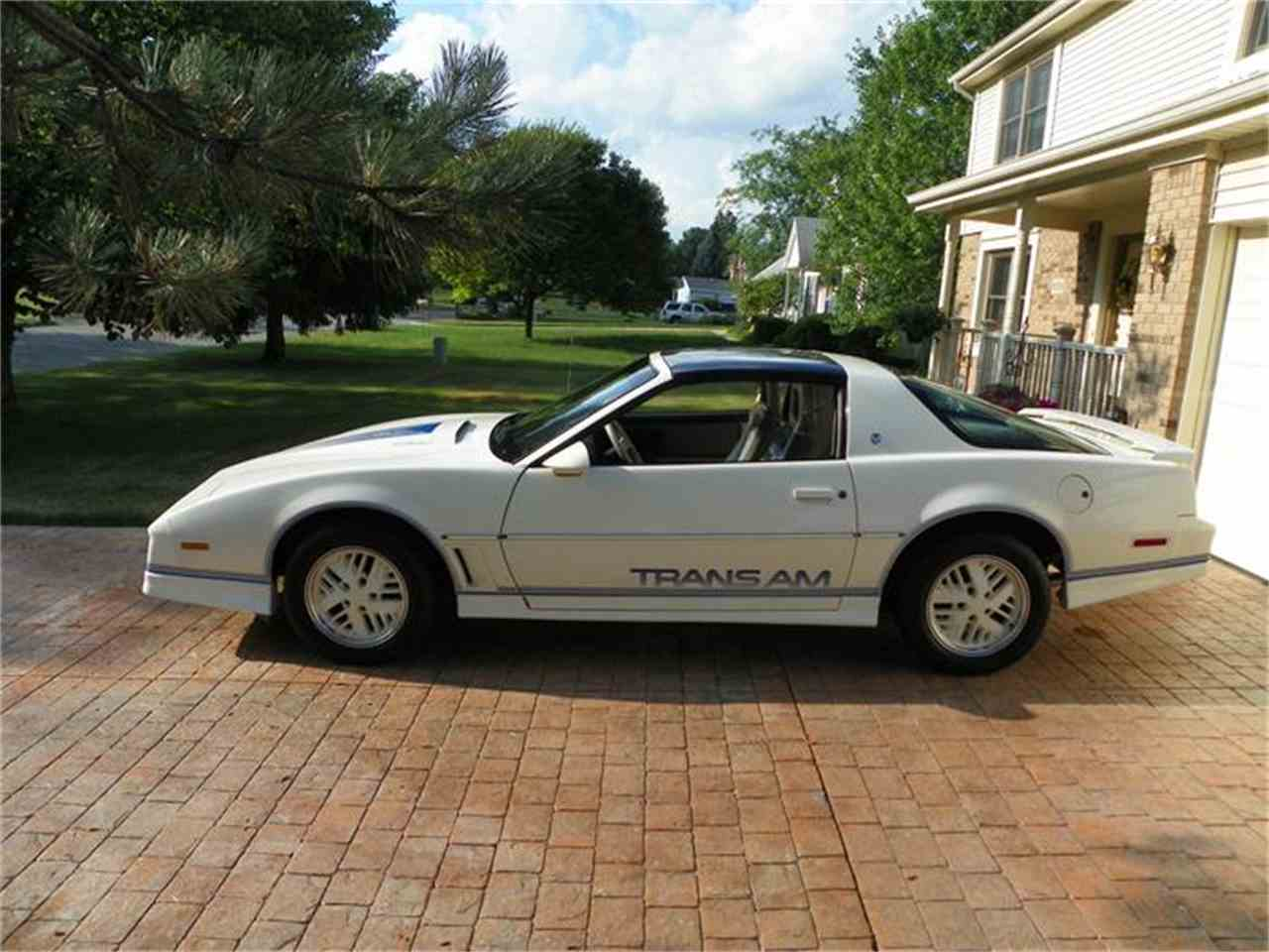 Large Picture of 1984 Pontiac Firebird Trans Am located in Temperance Michigan - $19,000.00 Offered by a Private Seller - 7GHL
