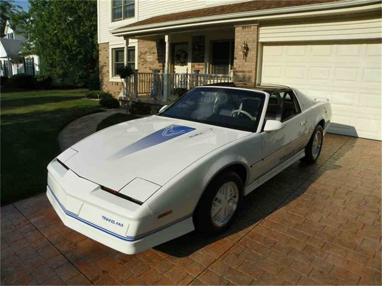 Large Picture of '84 Firebird Trans Am located in Michigan Offered by a Private Seller - 7GHL